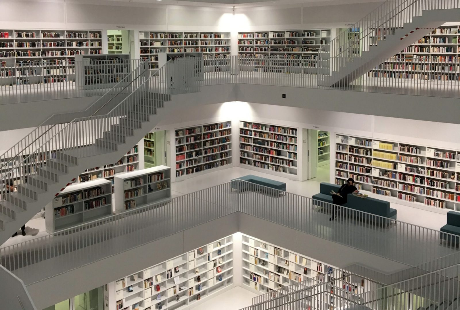 LIbrary with stairs. From https://unsplash.com/photos/ljp-ewA23lc